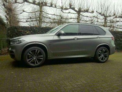 """tweedehands BMW X5 M 50D grijs kenteken 120.000km 20\""""M 360camera"""