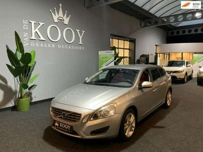 tweedehands Volvo V60 1.6 T3 Momentum 6-12 m garantie