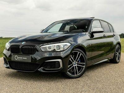 tweedehands BMW M140 1-SERIExDrive Edition Shadow High Executive | Schuifdak | Harman Kardon | El. voorstoelen |