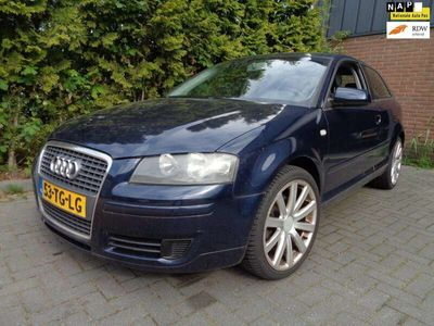 tweedehands Audi A3 1.6 Attraction,Clima,Cruise control