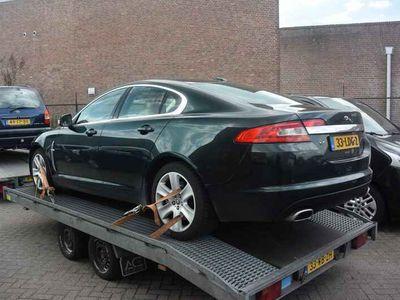 tweedehands Jaguar XF 2.7D V6 Luxury MOTOR DEFEKT !!
