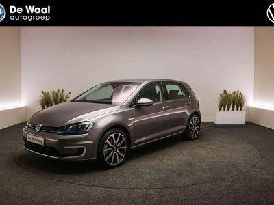 tweedehands VW Golf e-Golf 115pk DSG | Parkeersensoren V+A, Navigatie,