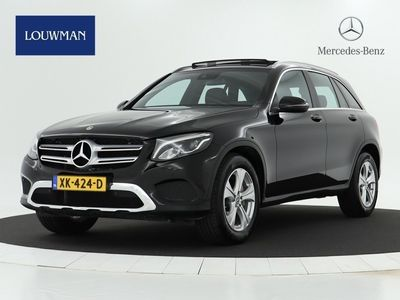 tweedehands Mercedes GLC250 GLC-Klasse4MATIC Exclusive Panoramadak I Trekhaak I Navigatie I Dodehoek assistent 18 Inch LM velgen I