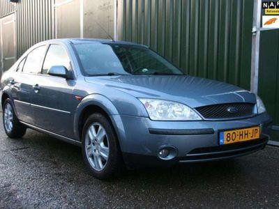 tweedehands Ford Mondeo 2.0-16V Ghia AUTOMAAT TREKHAAK