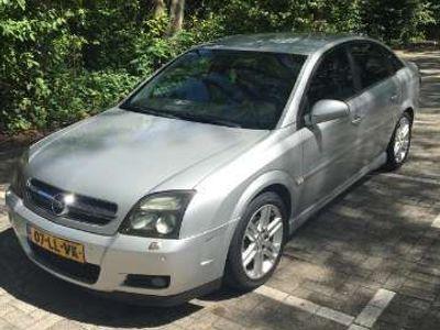 tweedehands Opel Vectra 2.2-16V Elegance AUTOMAAT