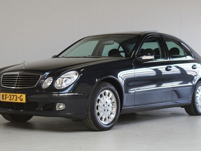 tweedehands Mercedes E240 Elegance