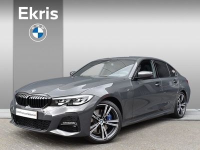 tweedehands BMW 318 3-SERIE i Sedan Aut. High Executive M Sportpakket / Verw. Sportstoelen / Harman Kardon / 19""