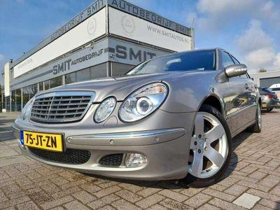 tweedehands Mercedes E240 240 Elegance Aut/Youngtimer/Xenon/Trekh.
