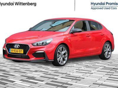 "tweedehands Hyundai i30 Fastback 1.4 T-GDI N Line | 18"" Velgen | Navigatie"