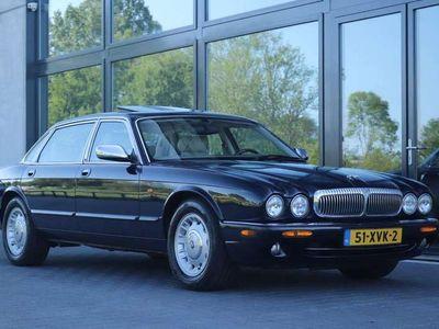 tweedehands Jaguar XJ8 XJ XJ8 Daimler 4.0 V8 LWB (284pk)- verlengd - I