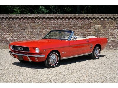 tweedehands Ford Mustang 289 Convertible Manual transmission stunning colo