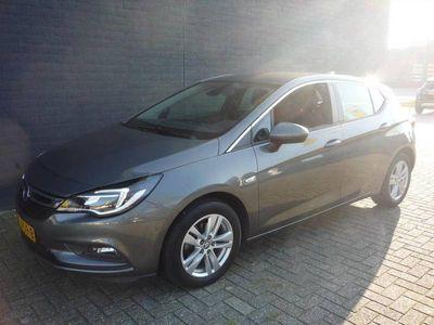 tweedehands Opel Astra 1.0 Turbo 105pk Start/Stop Business+
