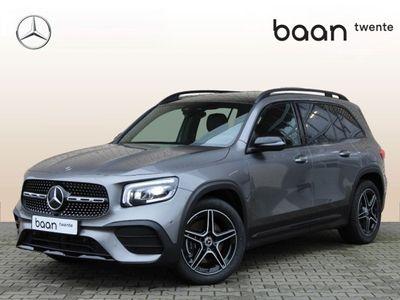 tweedehands Mercedes GLB250 4-Matic Premium Plus AMG | van €77.888,- voor €67.187,-| Nightpakket | Panoramadak | Advanced Sound System | Apple Carplay | DAB+ | Stoelverwarming