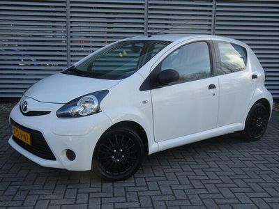 tweedehands Toyota Aygo 1.0 Vvt-I Now Airco