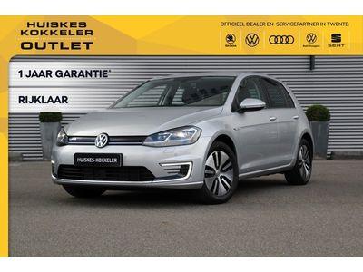 tweedehands VW e-Golf Automaat 136pk 5 jaar fabrieksgarantie Adaptive cruise control LED koplampen Parkeersensoren Radio Stoelverwarming Waterpomp Verwarmbare voorruit