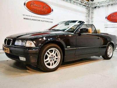 tweedehands BMW 318 Cabriolet 318 I EXECUTIVE