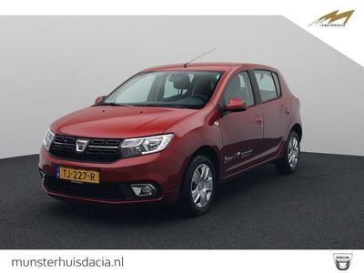 tweedehands Dacia Sandero TCe 90 Laureate - All Season banden -