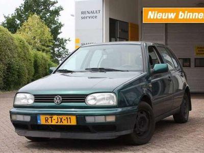 tweedehands VW Golf 1.8 MILESTONE