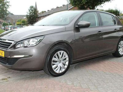 tweedehands Peugeot 308 1.2 e-THP Active // AUTOMAAT // NAVI // 1e EIGENAA