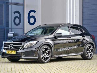 """tweedehands Mercedes GLA220 d 4Matic Prestige - 2x AMG - Pano. Dak - 19"""" L.M."""