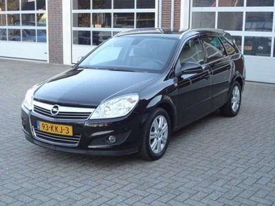 tweedehands Opel Astra Wagon 1.6 Cosmo Trekhaak Leder Navi Lmv Pdc