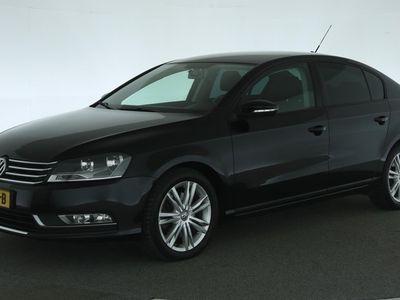 tweedehands VW Passat 2.0 TDI DSG Aut. Highline [Navigatie LM Velgen cli