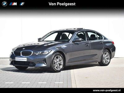 tweedehands BMW 318 3 Serie Sedan i Executive Sport Line Schuif- / Kanteldak - Demo Voordeel
