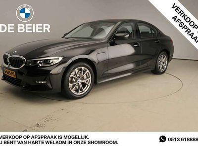 tweedehands BMW 330e 330Hybride !! / LED / Leder / Navigatie / Sports