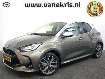 tweedehands Toyota Yaris 1.5 Hybrid Style Bi Tone Limited 2.400 Euro voorde