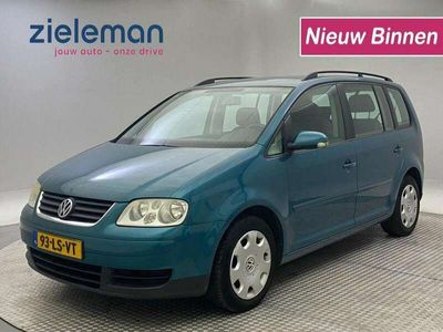 tweedehands VW Touran 1.6 16v FSI Comfortline 7 persoons Airco