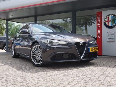 tweedehands Alfa Romeo Giulia 2.2, 220 pk, LEER/NAVI/XENON/UNIEKE KLEUR