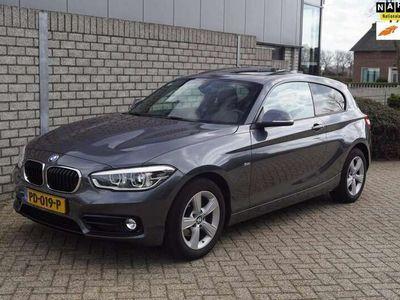 tweedehands BMW 118 118 i High Executive Sport Line Autom Leder Xenon S