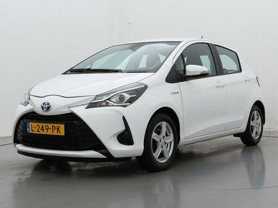 tweedehands Toyota Yaris 1.5 Hybrid Dynamic