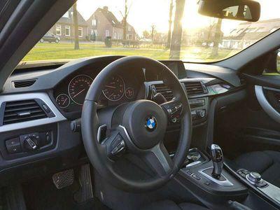 tweedehands BMW 330 d xDr. High Ex.