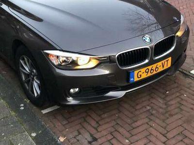 tweedehands BMW 320 i High Executive