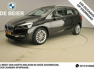 tweedehands BMW 218 2-SERIE Active Tourer I LED / Leder / HUD / Keyless go / Chrome line / Stoelverwarming / Harman-kardon sound / Alu 17 inch