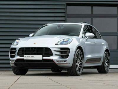 tweedehands Porsche Macan Turbo w/ Performance Pkg