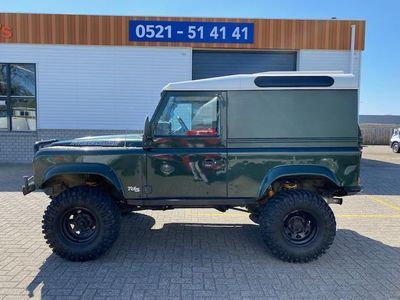 tweedehands Land Rover Defender 90 TD5 HARD TOP 4WD / offroad klaar / lier / snork