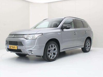 tweedehands Mitsubishi Outlander 2.0 PHEV 4WD CVT Executive Edition [ TREKHAAK+XENO