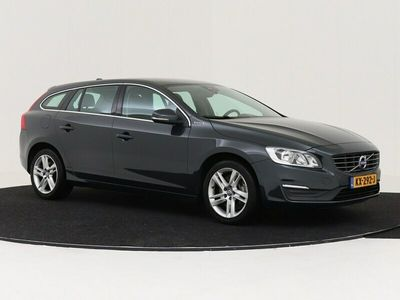 tweedehands Volvo V60 2.4 D5 Twin Engine Lease Edition NAVIGATIE 1/2 LEDEREN BEKLEDING LED Nr. YV1GWBNH0H1350167