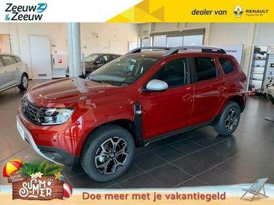 tweedehands Dacia Duster 1.0 TCe Prestige Op voorraad bij Zeeuw & Zeeuw Naaldwijk
