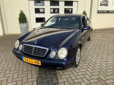 tweedehands Mercedes CLK200 CLK ELEGANCE AUTOMAAT APK 3-2022