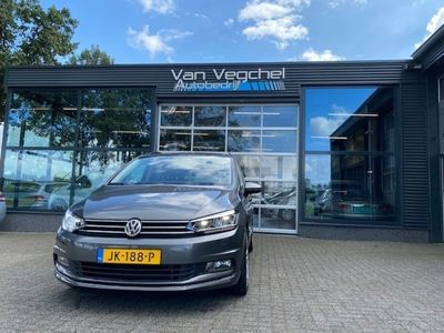 tweedehands VW Touran 1.4 TSI Highline / Navigatie / Panorama