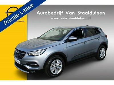 tweedehands Opel Grandland X 1.2 Turbo Innovation AGR Stoelen| Navigatie| Parkeersensoren| Lichtmetalen velgen AANBIEDING OOK MET PRIVATE LEASE VANAF: €480 euro per maand