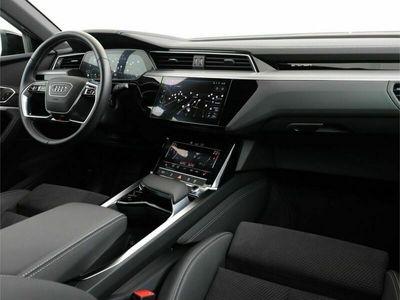 tweedehands Audi E-Tron - 50 quattro S edition Incl. BTW   Verlengde Garantie   Navigatiesysteem   360 Camera   Trekhaak   Airco separaat achter   Cruise control adaptief  
