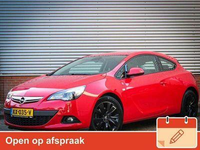 tweedehands Opel Astra GTC 1.7 CDTi Design Edition +Navigatie / Clima