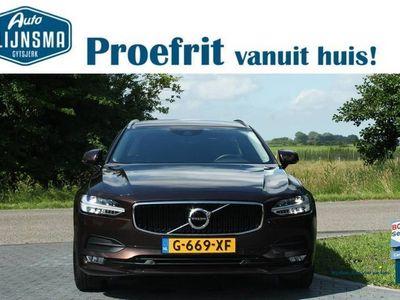 tweedehands Volvo V90 T4 Momentum|Verwarmde Achterbank|Wegklapbare Trekhaak|Elektrische Kofferbak