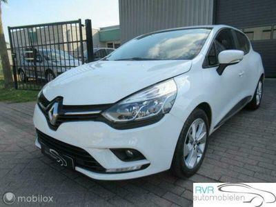 tweedehands Renault Clio 0.9 TCe Intens 5 DEURS/AIRCO/NAVI/PDC/CRUISE