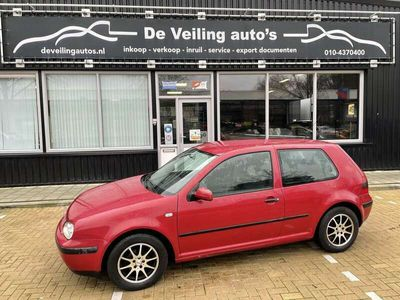 tweedehands VW Golf 1.6 Trendline automaat !!