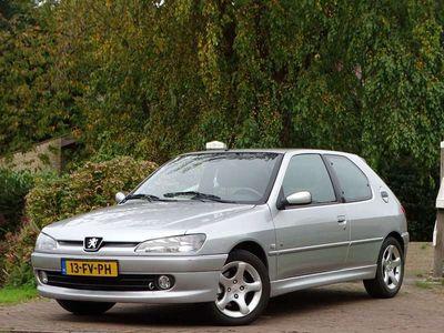 tweedehands Peugeot 306 1.8-16V XS | Nieuwe APK | e ramen |